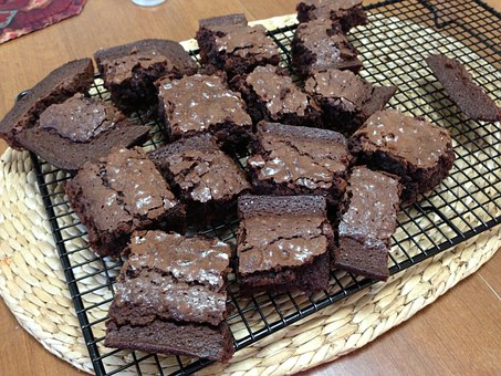 cooling rack with brownies
