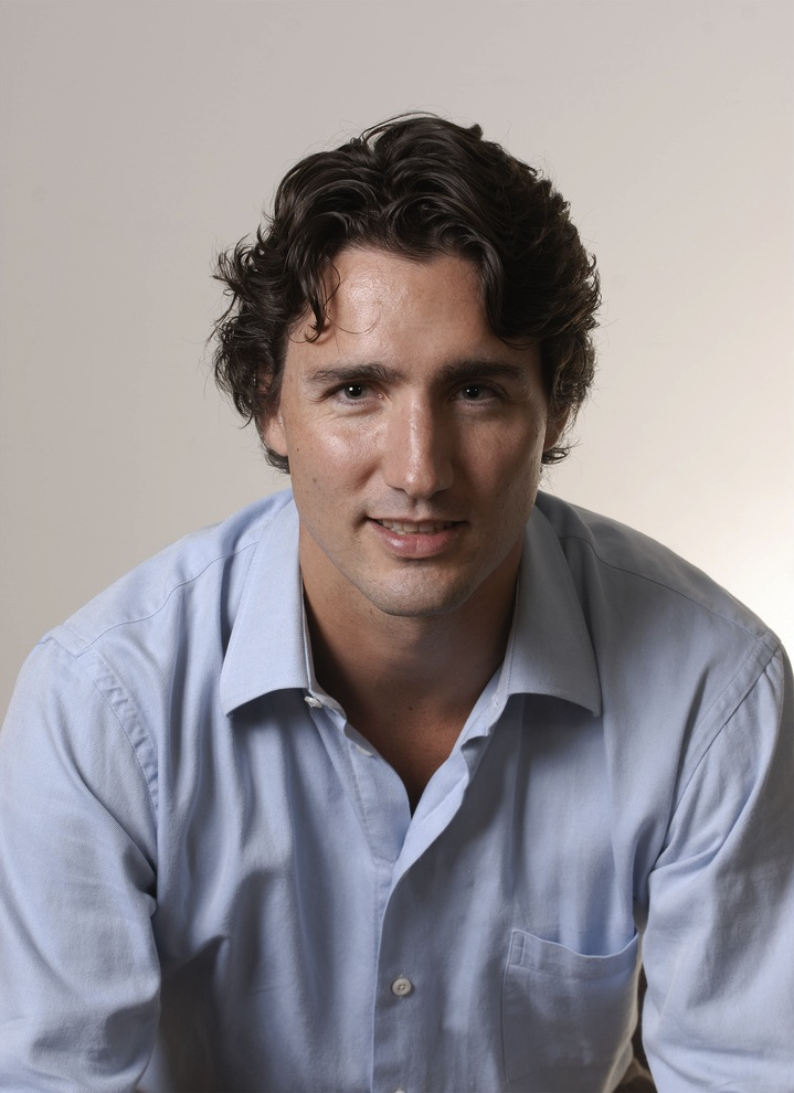 head shot of Justin Trudeau